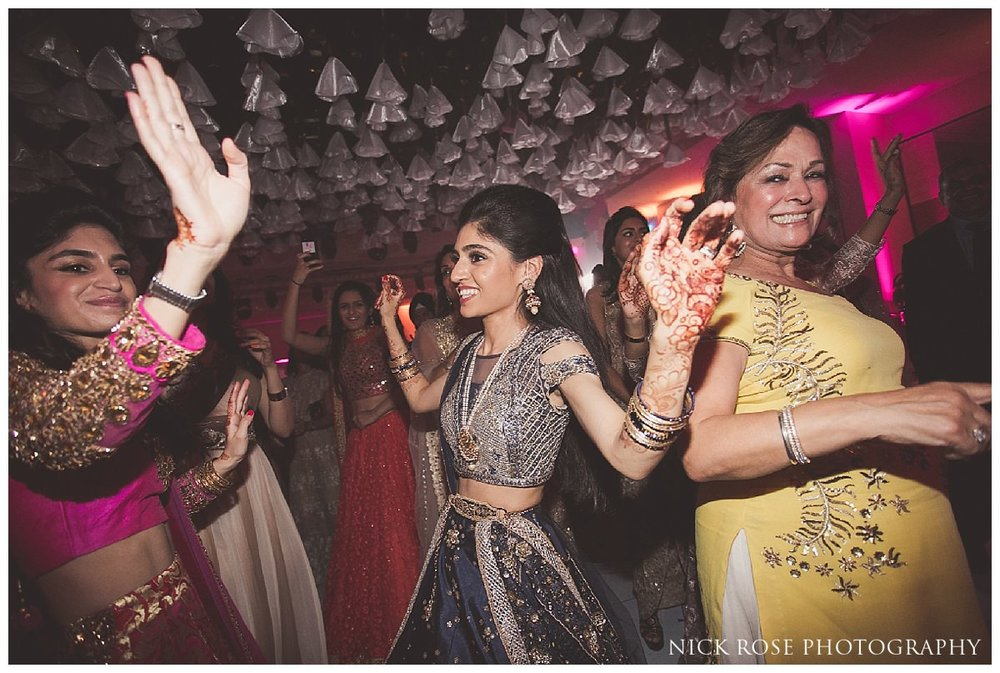 Montcalm London Wedding Sangeet Photography_0033.jpg