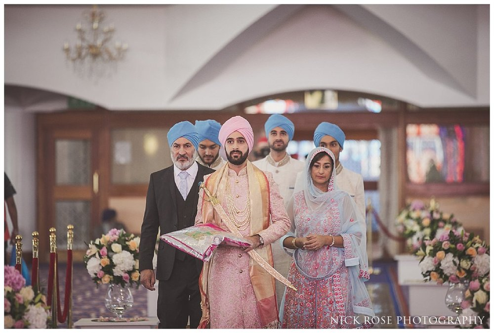 Sri Guru Singh Sabha Gurdwara Sikh Wedding Photography_0027.jpg