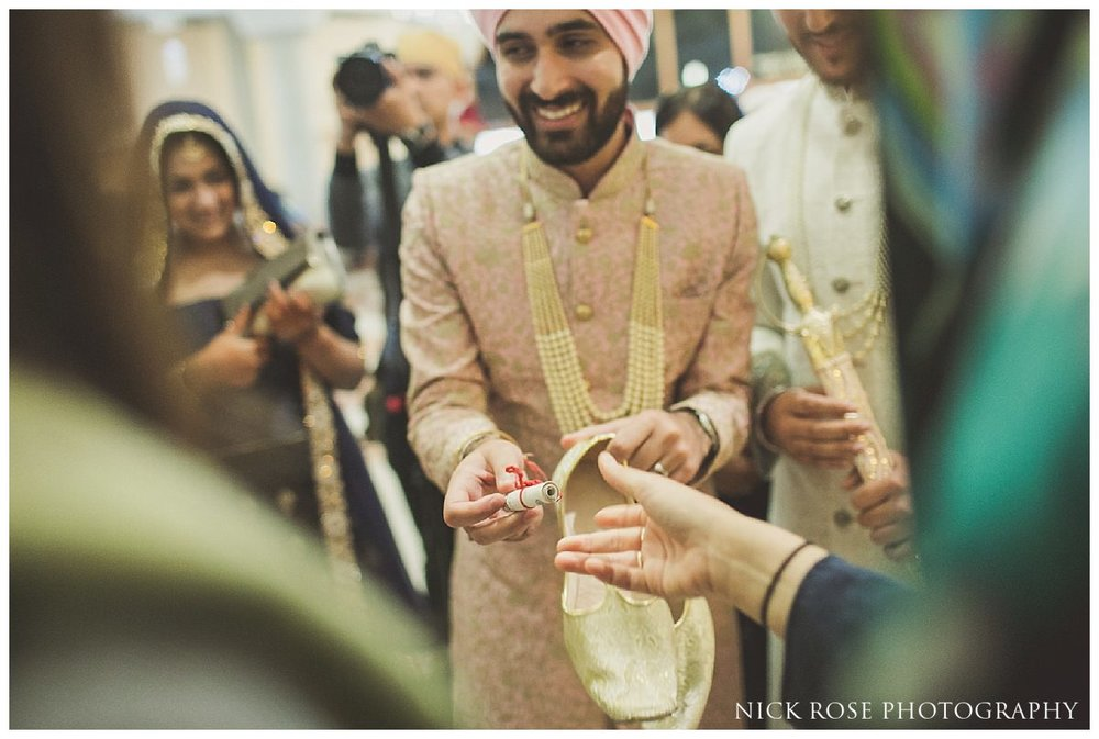 Sri Guru Singh Sabha Gurdwara Sikh Wedding Photography_0053.jpg