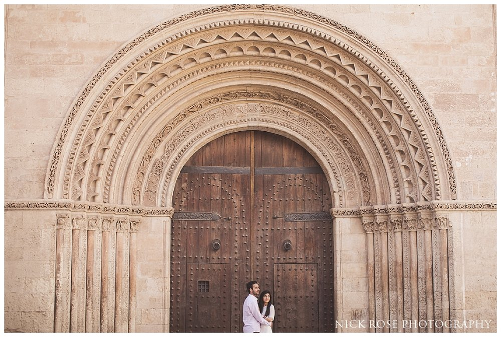 Valencia Old Town pre wedding photography in Spain