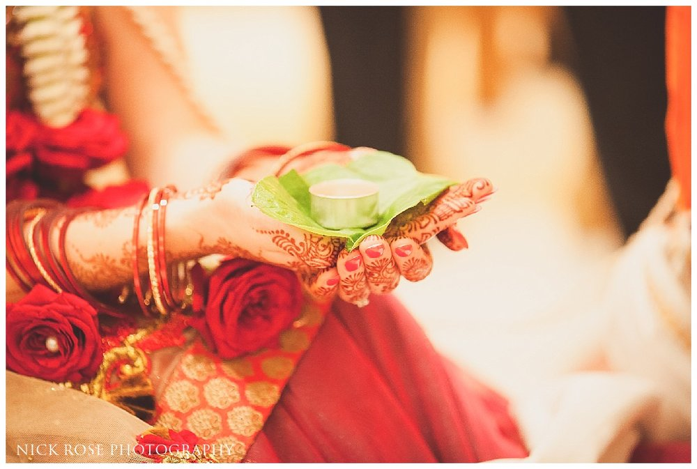 Savoy London Hindu Wedding Photography26.jpg