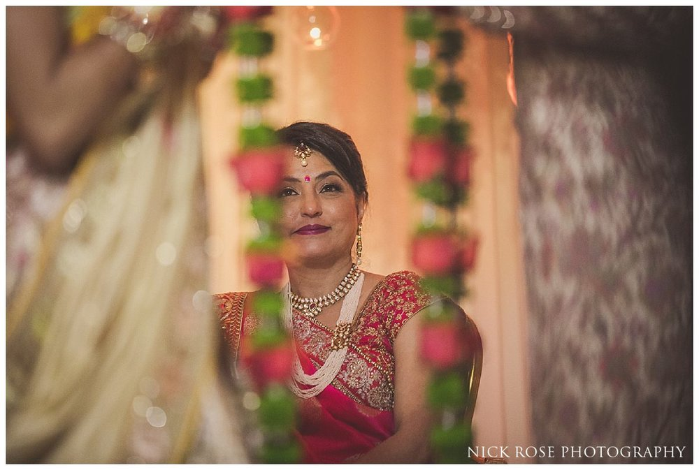 Hunton Park Hotel Indian Wedding Photography_0024.jpg