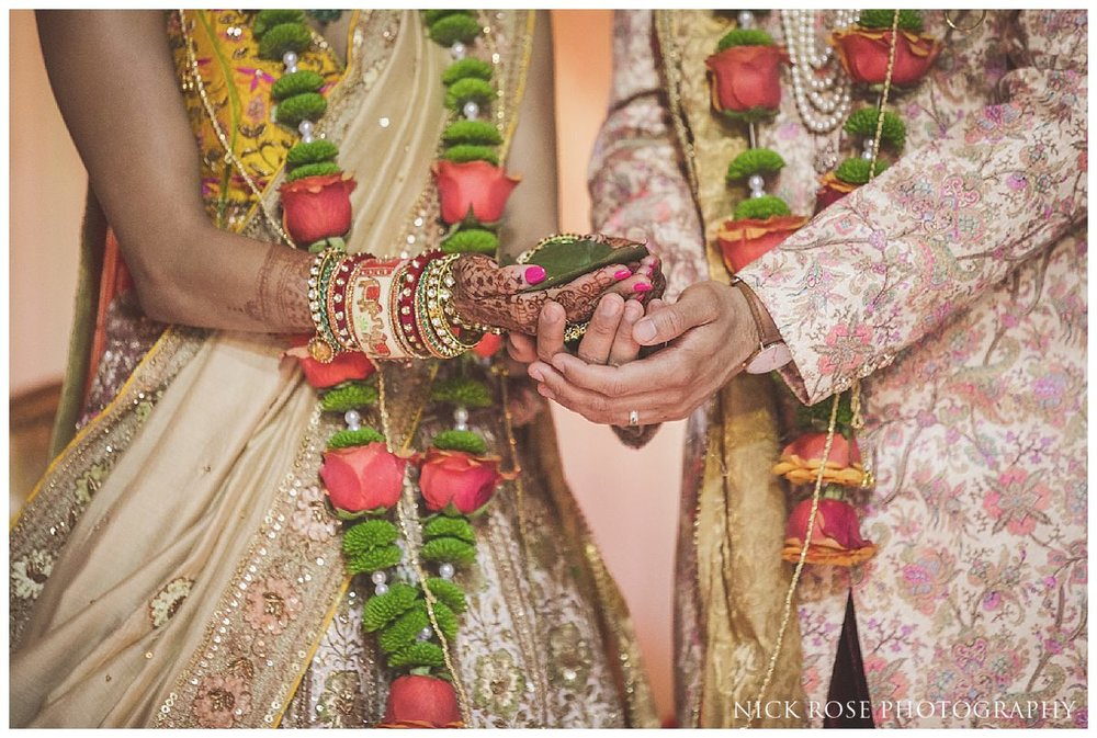 Hunton Park Hotel Indian Wedding Photography_0028.jpg