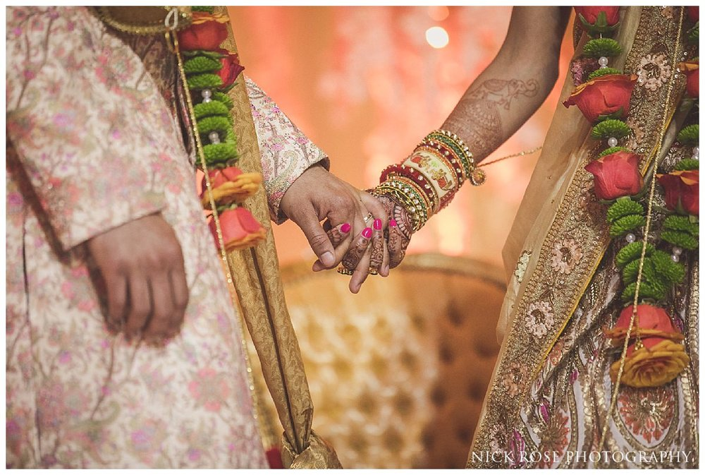Hunton Park Hotel Indian Wedding Photography_0032.jpg