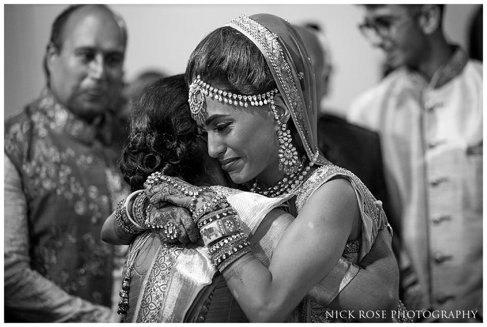 Hunton Park Hotel Indian Wedding Photography_0045.jpg