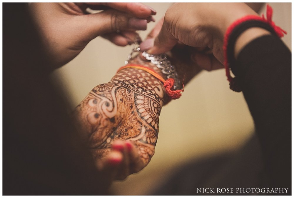 Hunton Park Hotel Indian Wedding Photography_0052.jpg