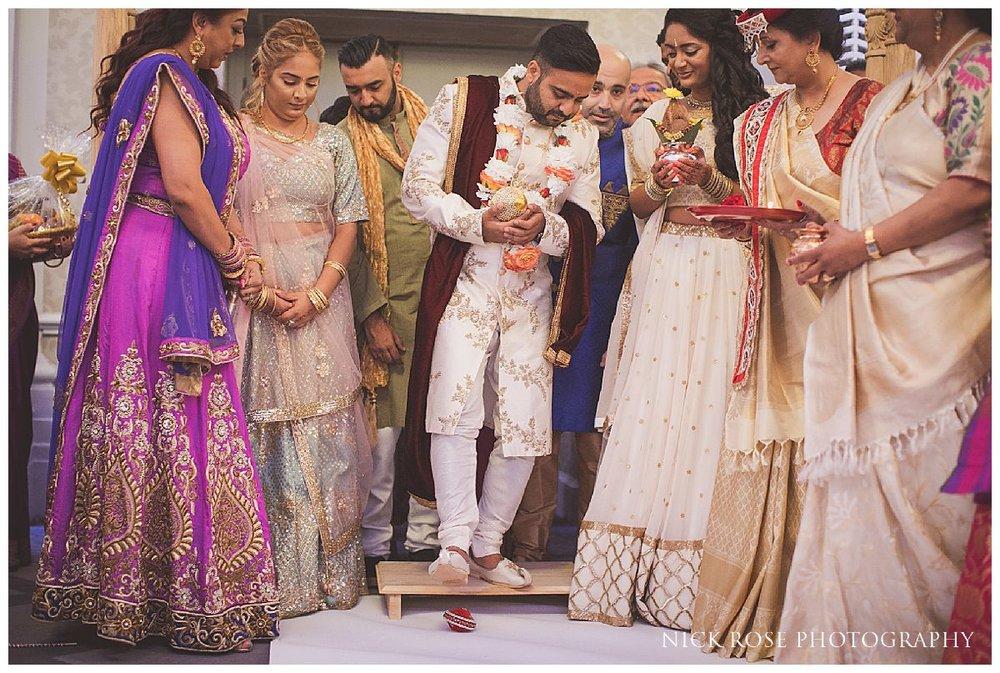 De Vere Grand Connaught Rooms Hindu Wedding13.jpg