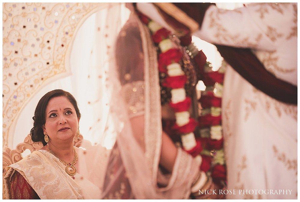 De Vere Grand Connaught Rooms Hindu Wedding19.jpg