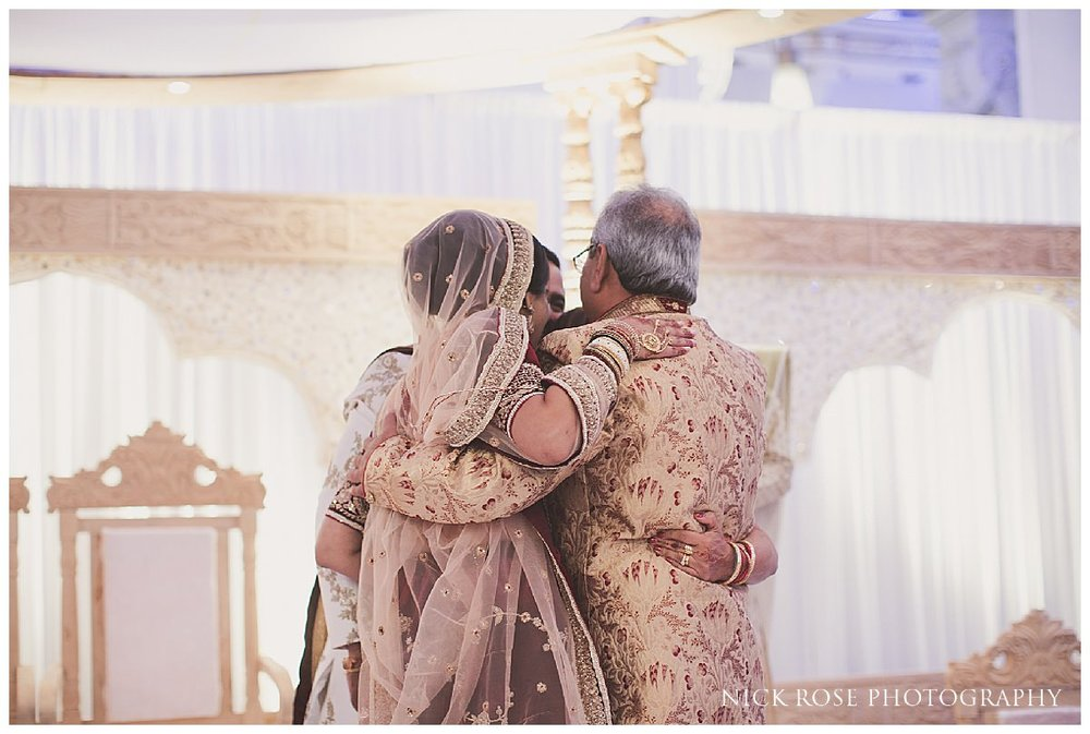 De Vere Grand Connaught Rooms Hindu Wedding25.jpg