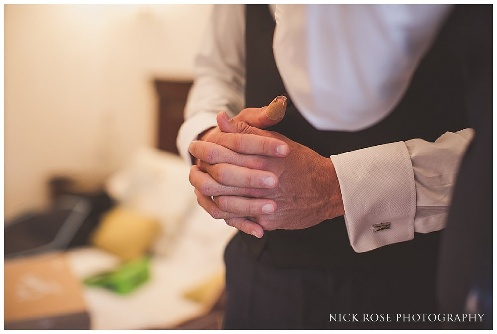 Botleys Mansion Wedding Photography_0011.jpg