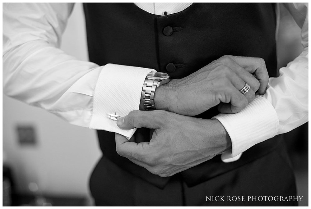 Botleys Mansion Wedding Photography_0012.jpg