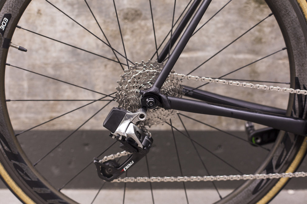 seabass-cycles-bikes-parts-instore-2-april-2019-cannondale-grey-wireless-4320.jpg