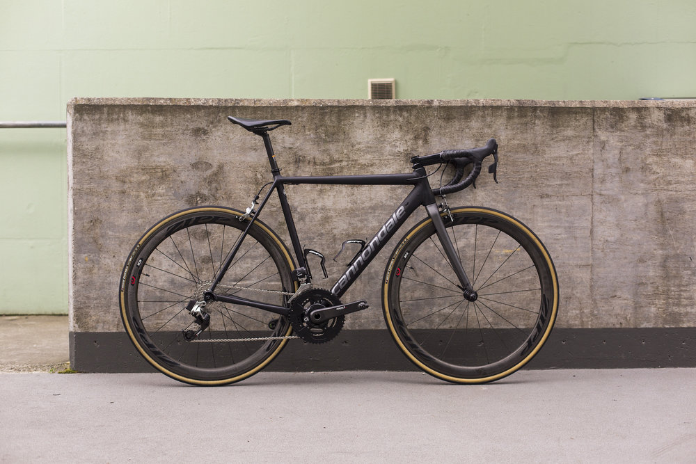seabass-cycles-bikes-parts-instore-2-april-2019-cannondale-grey-wireless-4313.jpg
