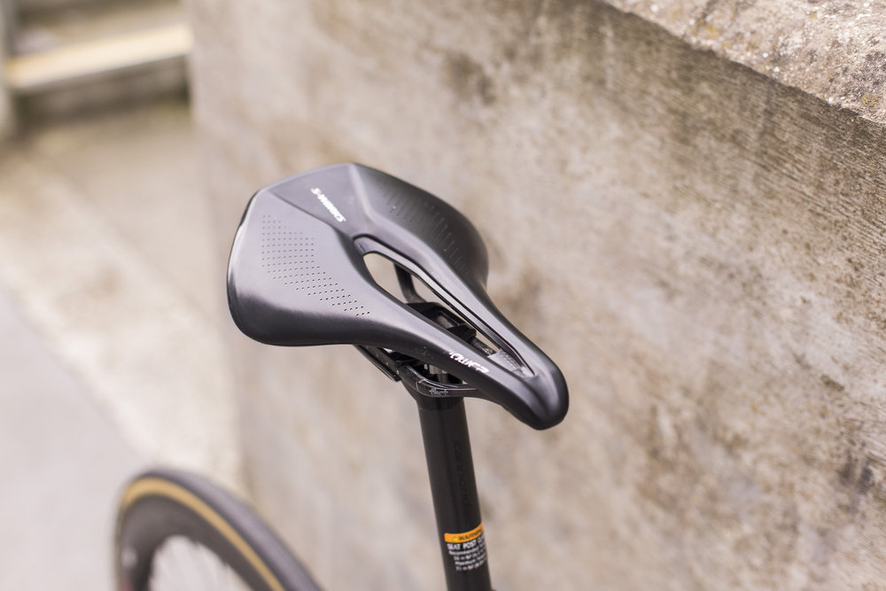 seabass-cycles-bikes-parts-instore-2-april-2019-cannondale-grey-wireless-4335.jpg