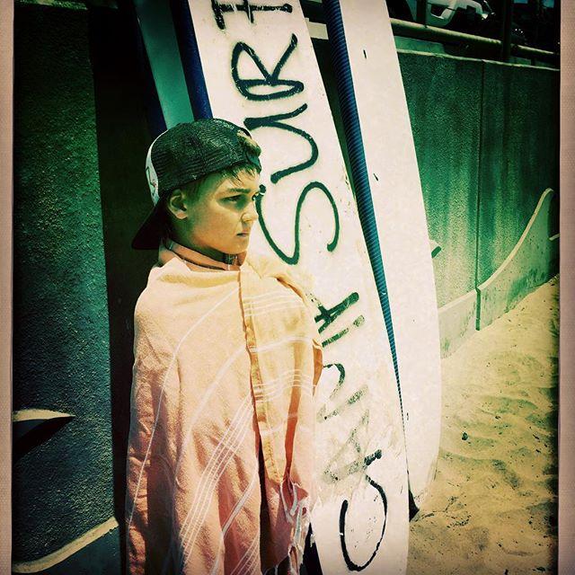 Bring it on Camp Surf🏄🏻Manhattan Beach, Cali. #foldingroom #surftowel #calikid