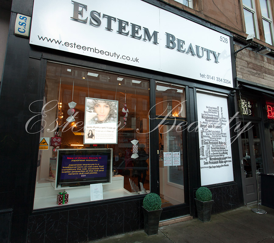 esteem-beauty-gallery-salon2.jpg