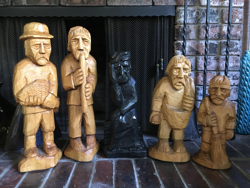 Ryszard Rabeszko's wonderful wooden carvings, still with us today here in the US.