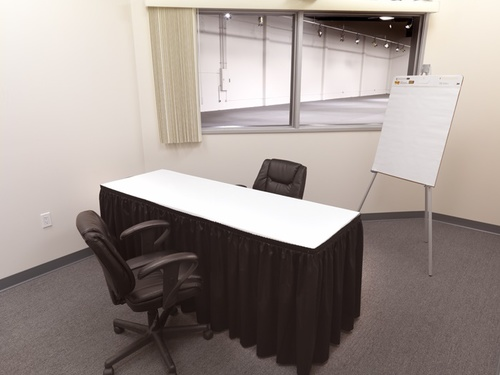 IDI Or Small Focus Group Room For Up To 6 Respondents