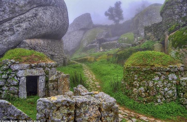 Monsanto Village - close to Spanish border - Portugal