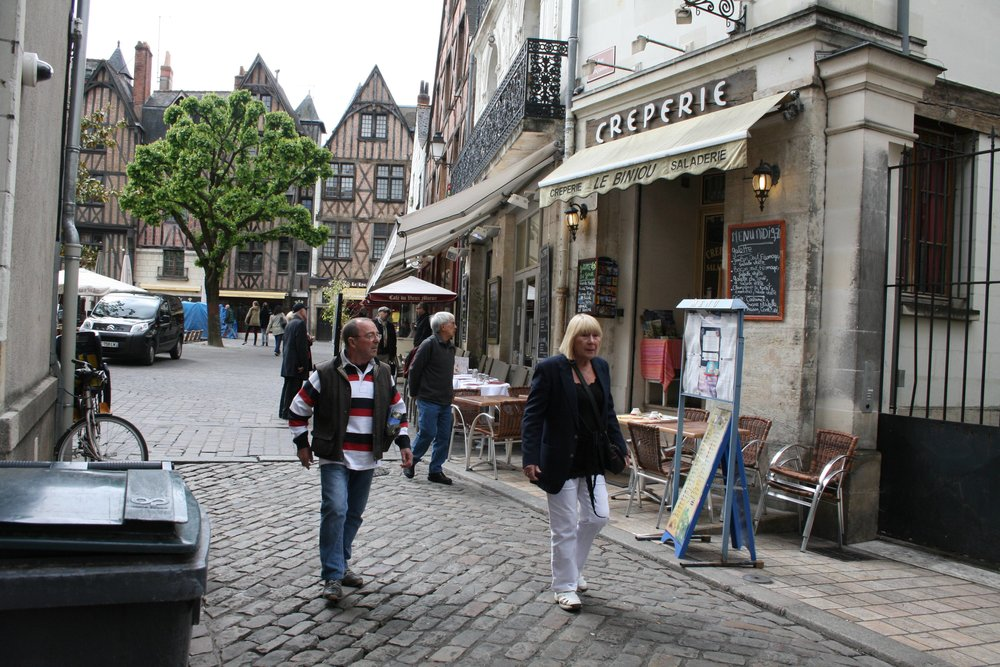 Strolling the streets of Dijon, France - first tour in 2013