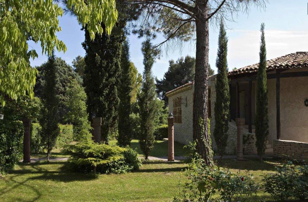 Mas Entremont 2019 gardens.jpg