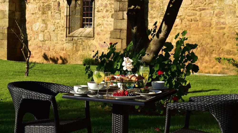 Breakfast in the garden… just imagine
