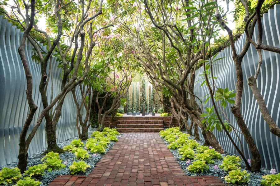 Pathway gallery retreat