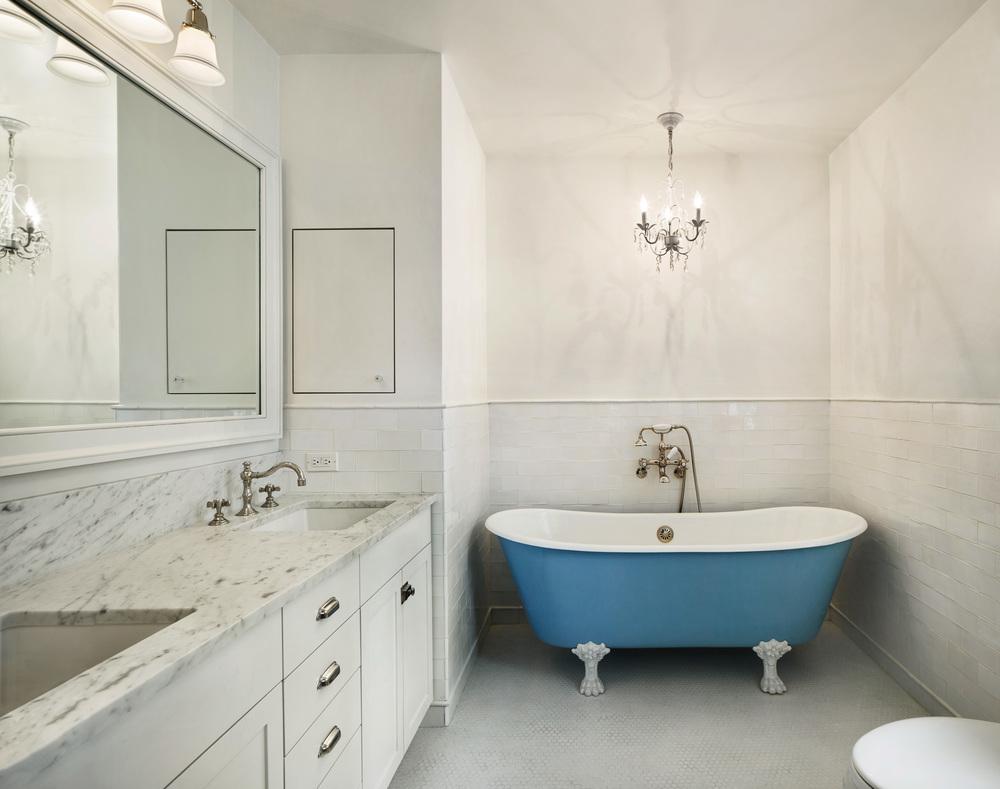 200_Fenimore_Bathroom_2_051.jpg