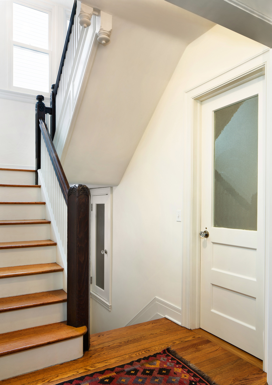 200_Fenimore_Stairs_015.jpg