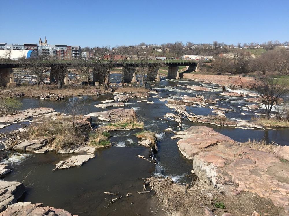 Sioux River Falls.
