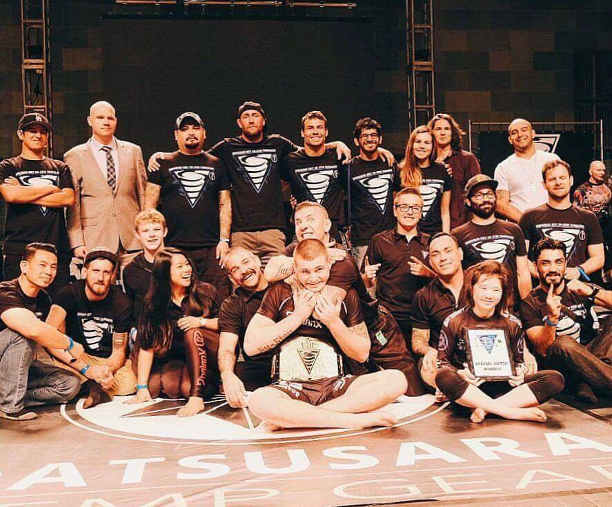 The EBI 6 staff plus Gordon Ryan the champ