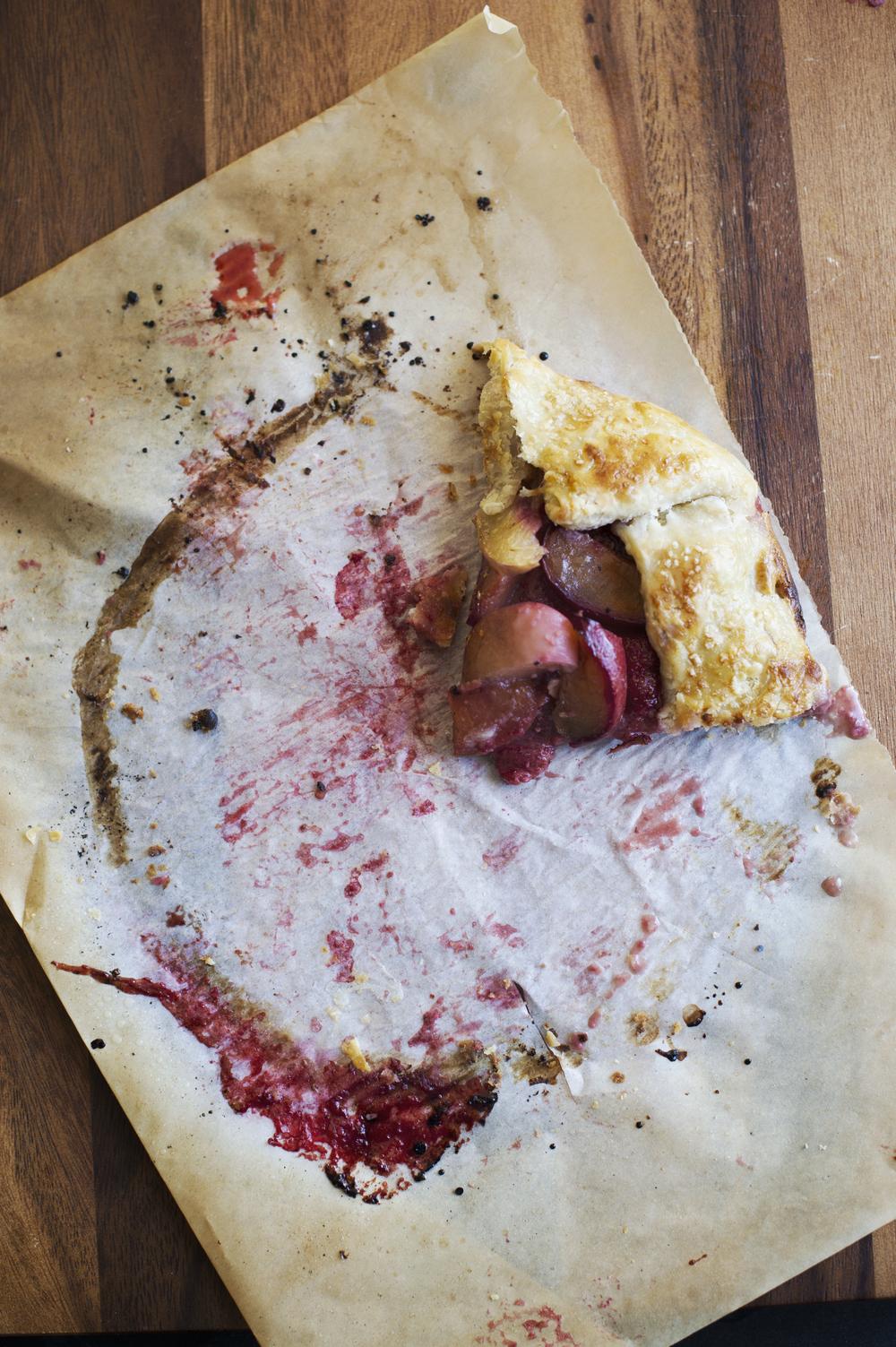 stone fruit crostata