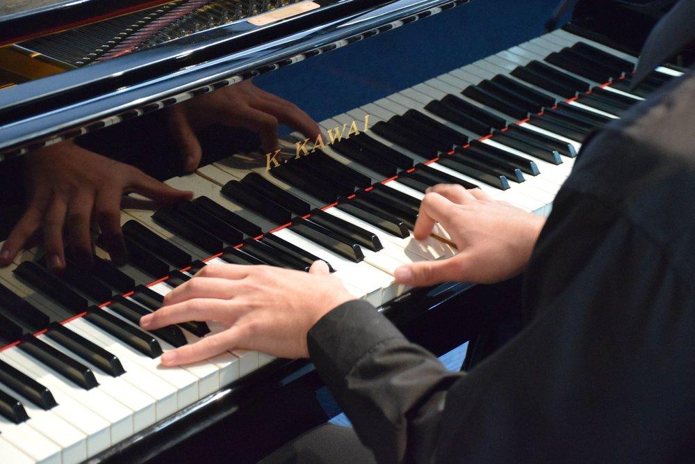 PianoHands1.jpg