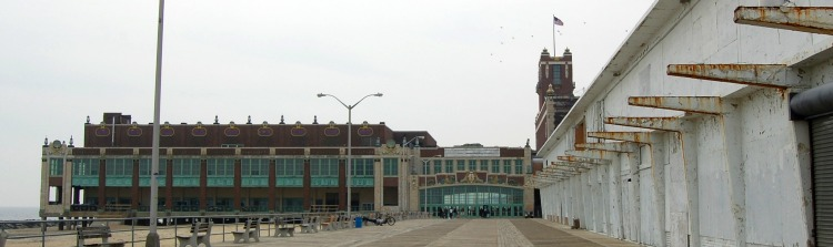 Convention Hall l 2009.jpg