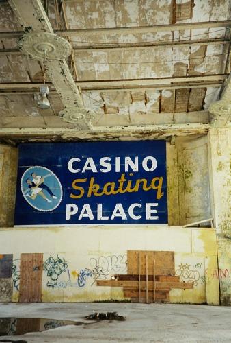 Casino Breezeway, 2003