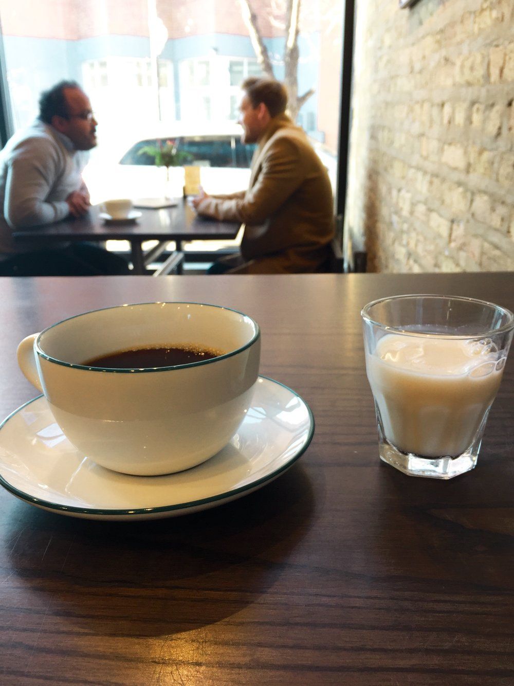 Coffee with Almond Milk at Ipsento 606