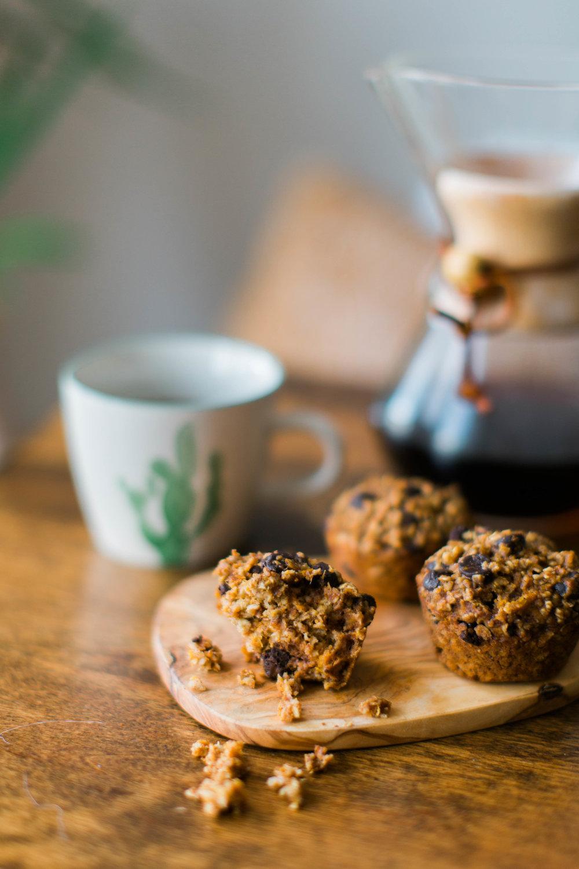 jennahazelphotoghy-pumpkin-chocolate-chip-oatmeal-muffins-8190.jpg