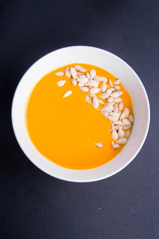 jennahazelphotography-golden-butternut-squash-soup-0457.jpg