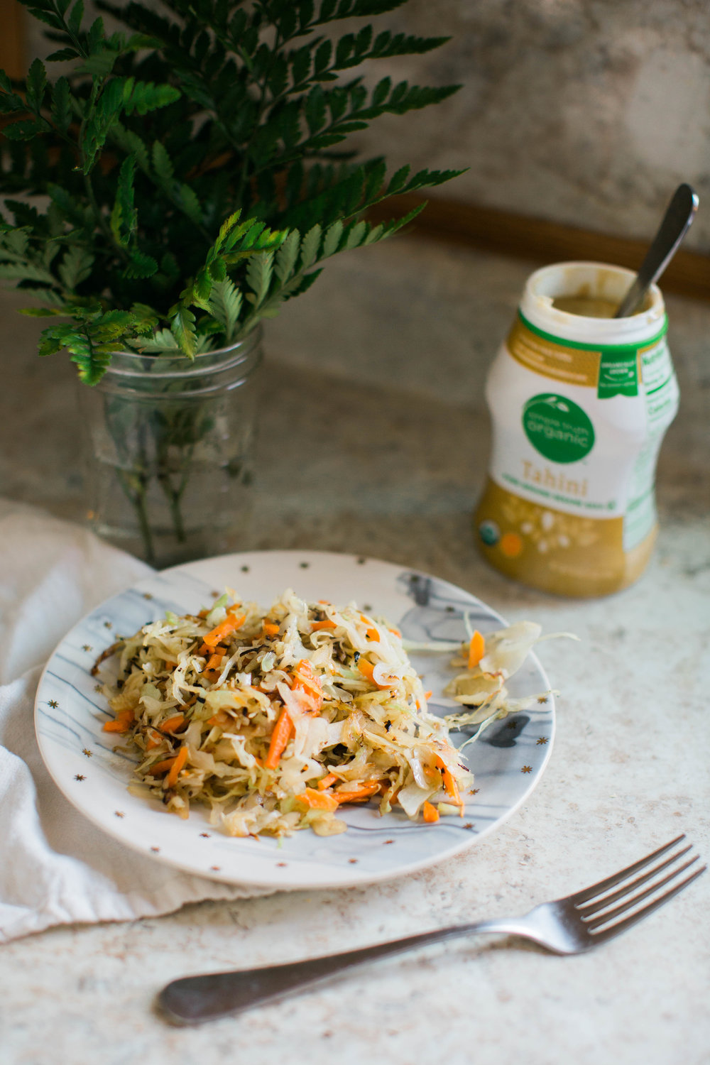 jennahazelphotography-cabbage-with-tahini-6504.jpg