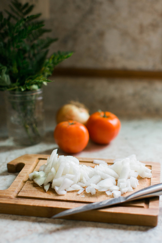 jennahazelphotography-simple-tomato-sauce-6529.jpg