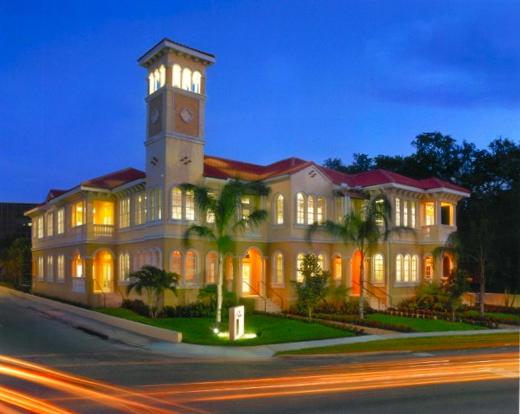 Bayshore Boulevard - Tampa, Florida