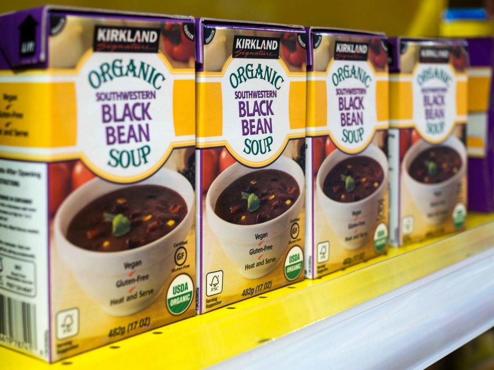 Kirkland Signature Organic Southwestern Black Bean Soup