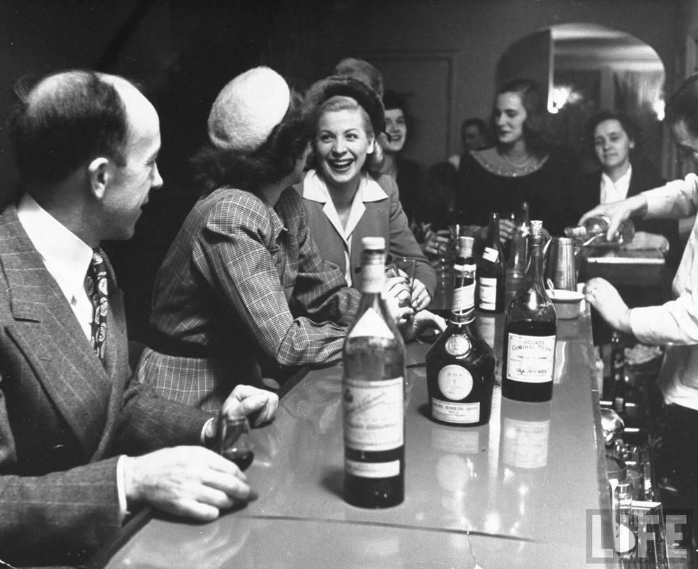 Les Clos circa 1945, 234 Townsend, SoMa San Francisco