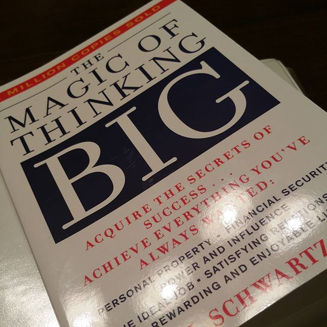 Had a great meeting with my Mastering the Mindset book club this evening.  Incredible group of people with great messages for success.  Just started this awesome book and can't put it down. Its a must read.