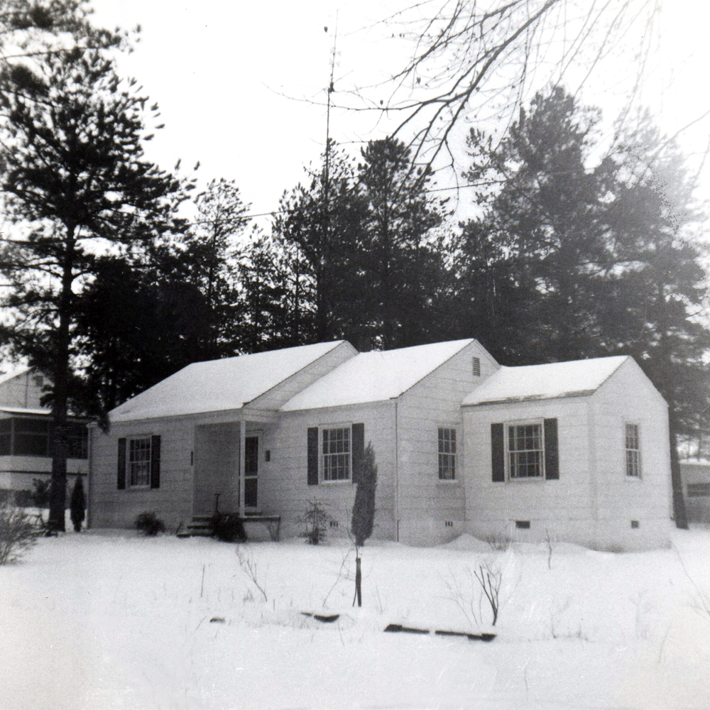 1610 Vale Avenue, a snow day in 1954