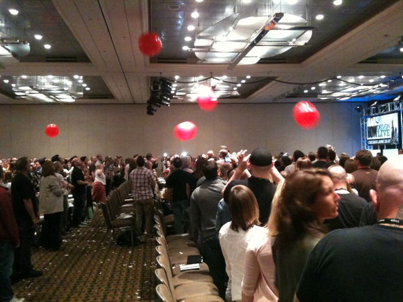 HOWLive #HOWgoats Ballon party awesomeness.