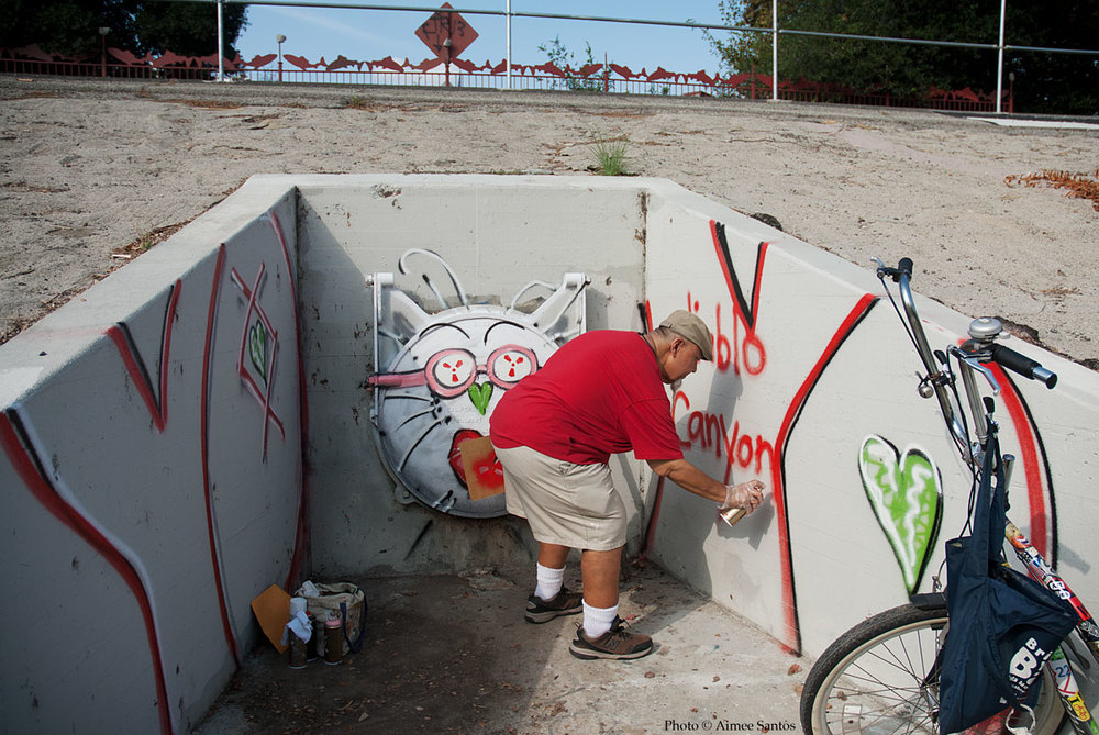 Leo Limon is best known for his Gatos that he paints around Los Angeles and along the Los Angeles river.  Photo © Aimee Santos
