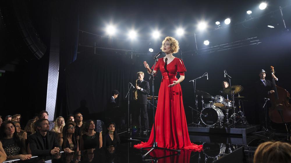 sony-bravia-jazz-singer-red-dress.jpg