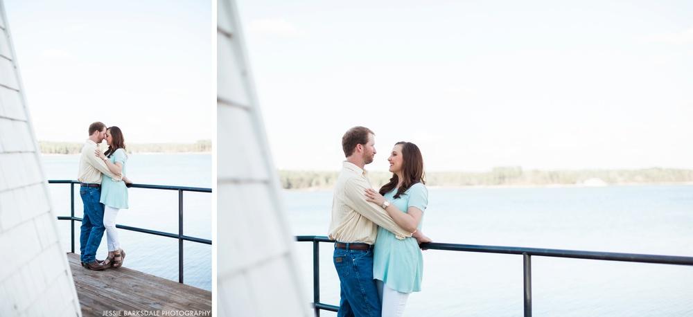 Jessie Barksdale Photography_Childrens Harbor Lighthouse Beach Lake Martin_Alexander City_Birmingham Montgomery Alabama Fine Art Film Destination Romantic Engagement Love Wedding Photographer_001