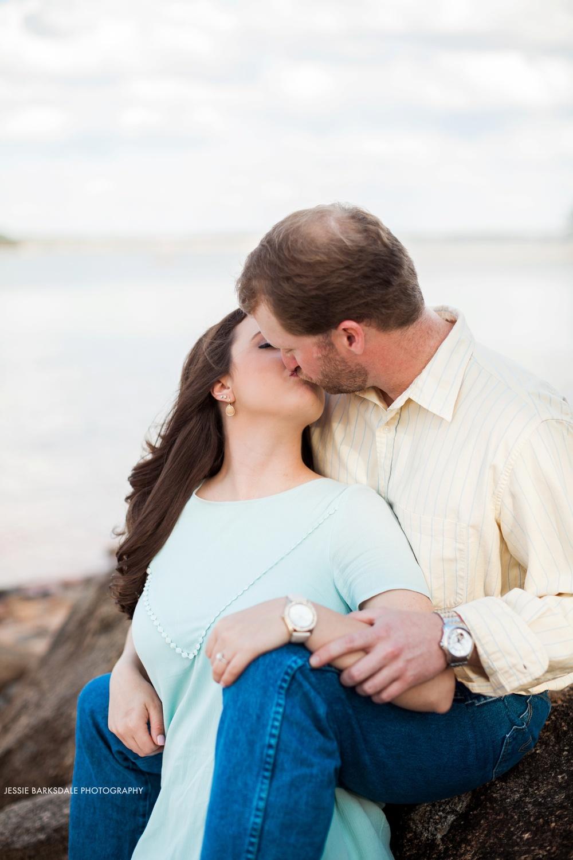 Jessie Barksdale Photography_Childrens Harbor Lighthouse Lake Martin Rocky Beach_Alex City_Birmingham Montgomery Alabama Fine Art Film Romantic Engagement Love Kiss Wedding Photographer_001